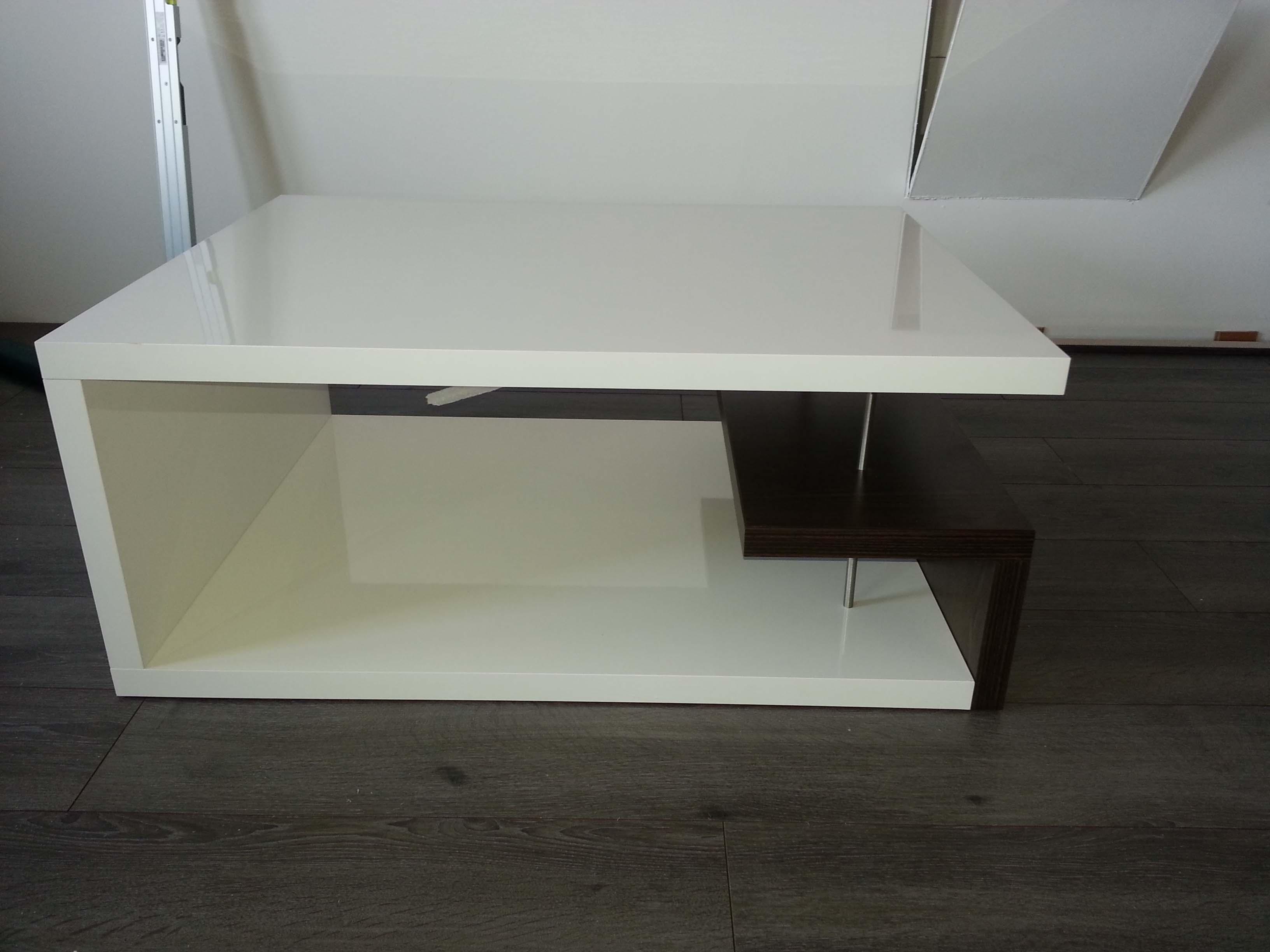 obývačkove stoly na mieru