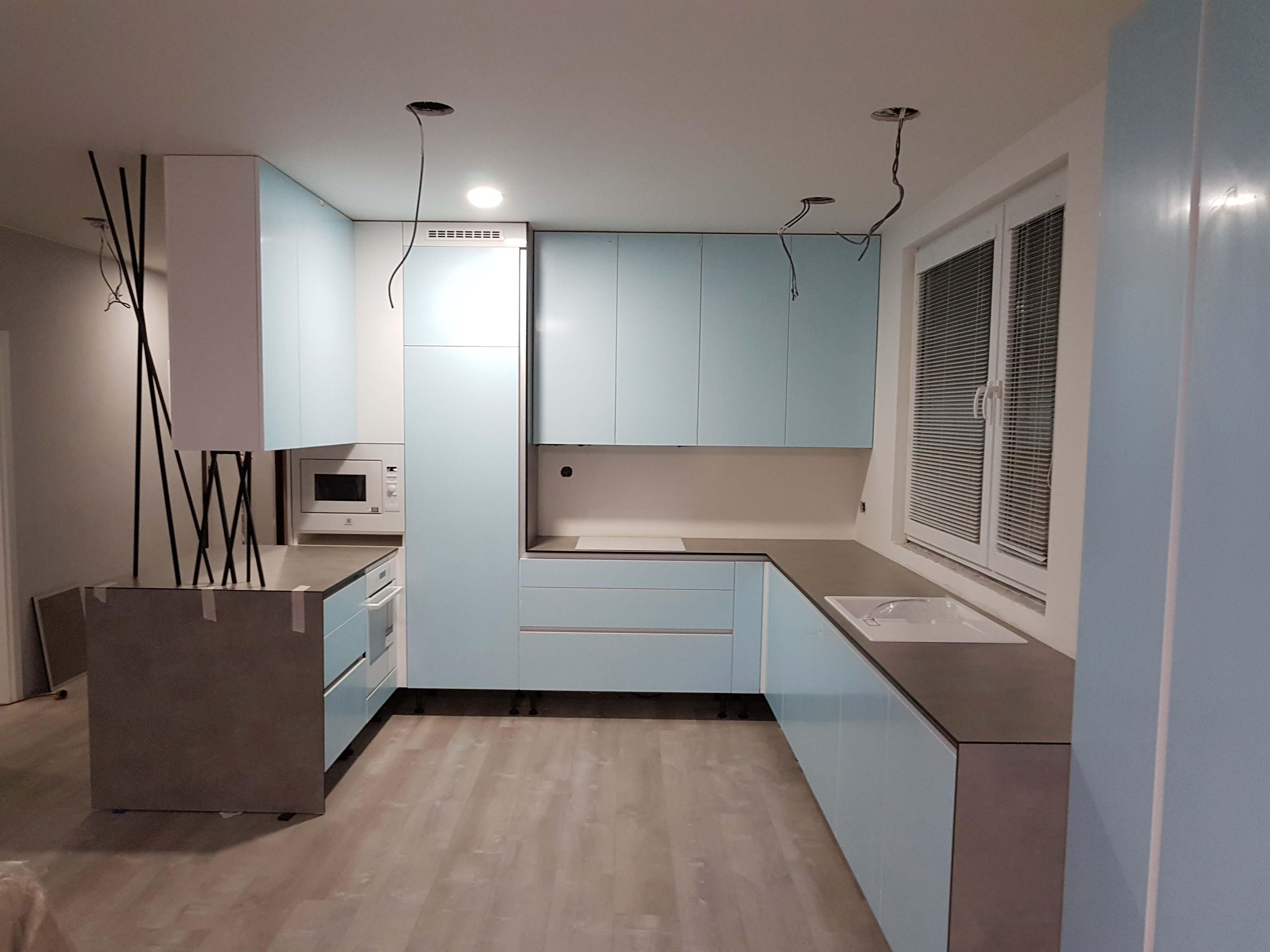 moderné biele kuchyne Trenčín