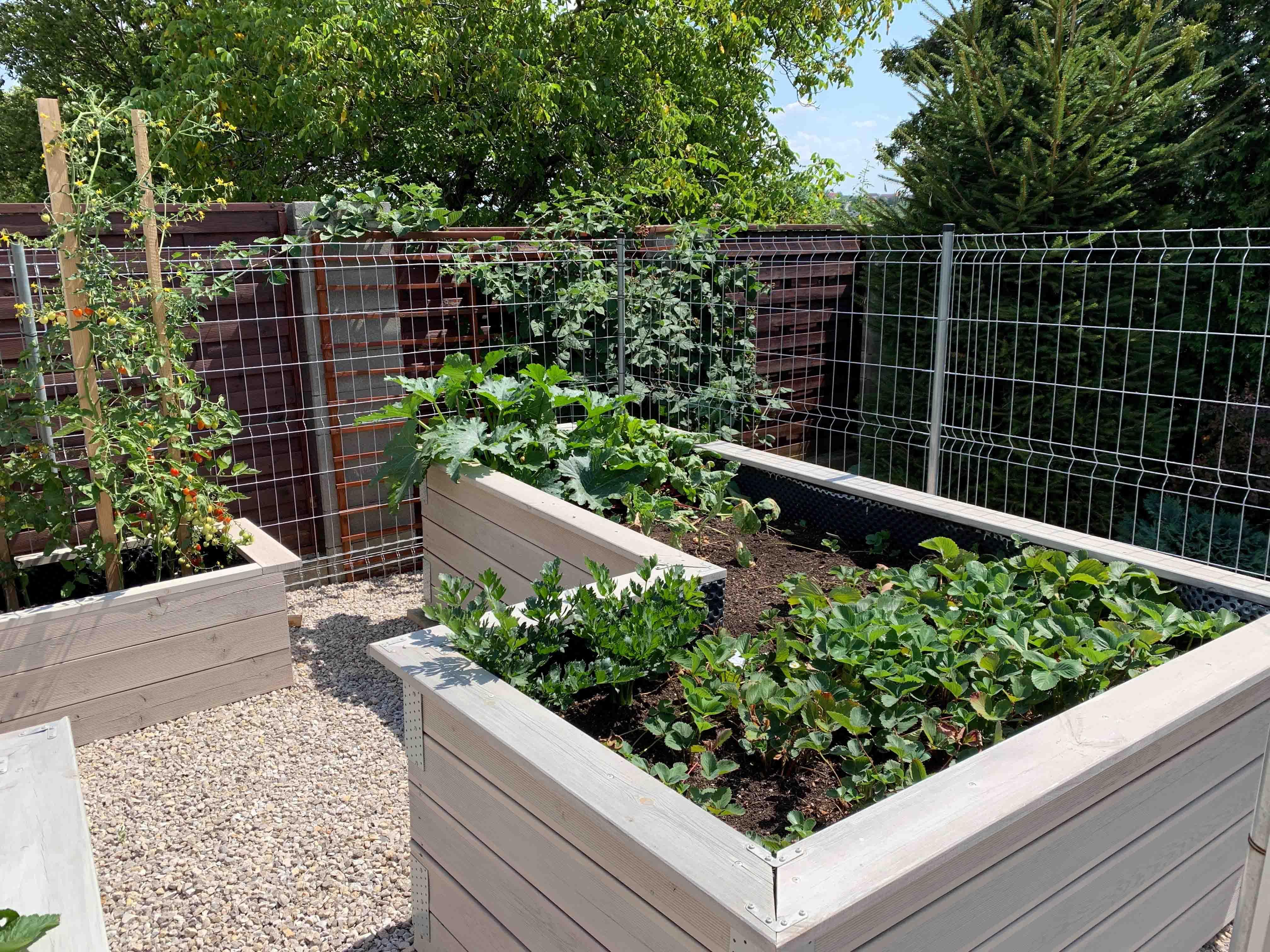 vyvýšené záhony na mieru do záhrady