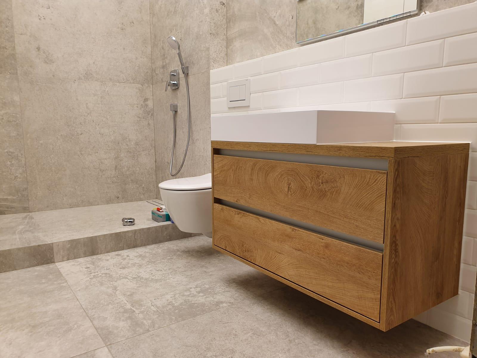 kúpeľnový nábytok na mieru Trenčín